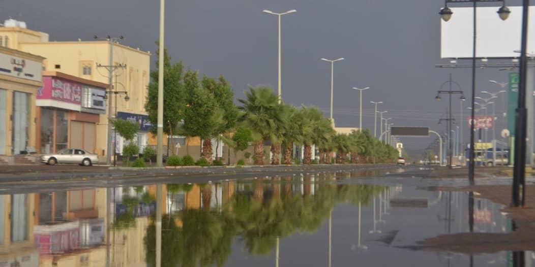 مدني عسير يحذر من التقلبات الجوية: توخوا الحيطة والحذر