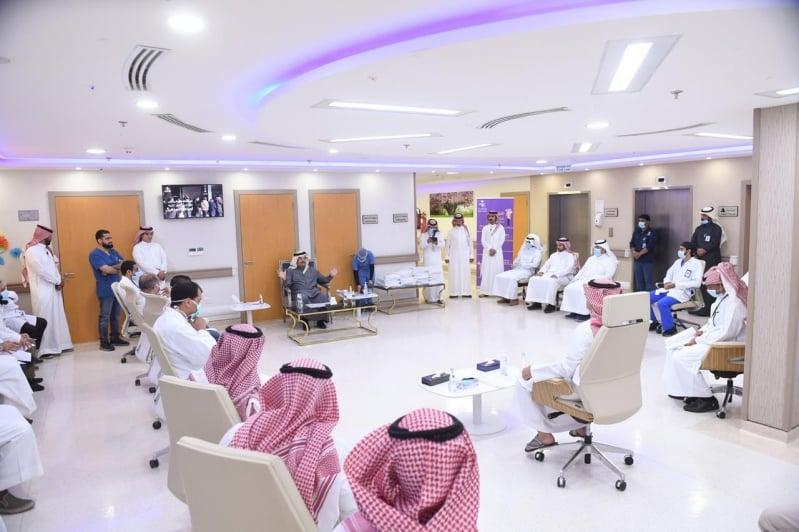 تركي بن طلال يهنئ الممارسين الصحيين بالعيد: الاحتفاء بكم سيكون استثنائيًا