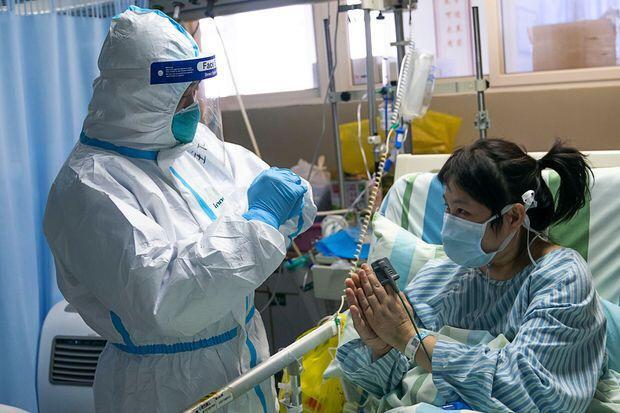 حقائق جديدة تكشف وقت الشفاء من كورونا .. استشاري يعلّق