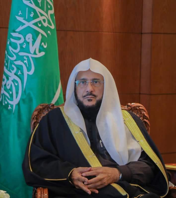 وزير الشؤون الإسلامية يتفقد غدًا مساجد وجوامع الرياض