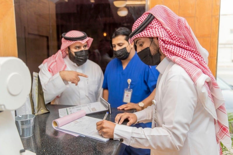 نظافة ورقابة.. رمضان يشهد على جهود البلدية بأكثر من 106 آلاف فرد وآلية