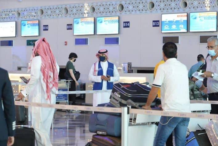 الطيران المدني تراقب تنفيذ الإجراءات الاحترازية بالمطارات