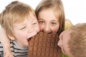 مع العزل المنزلي نبهوا أطفالكم من مشاكل الحلويات - المواطن