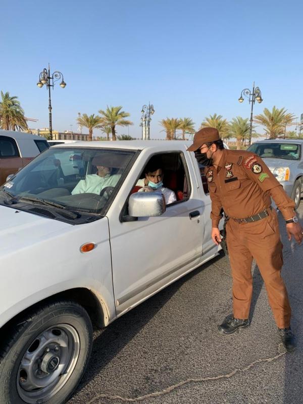 جولات راجلة وعبر المركبات الأمنية لمتابعة تطبيق الاحترازات في الشمالية 99