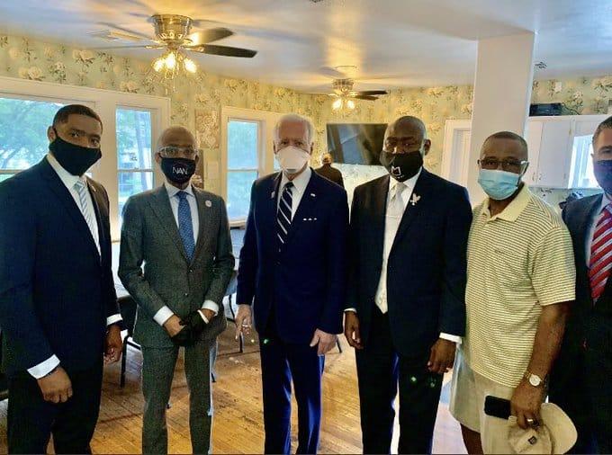 المرشح الرئاسي الأميركي بايدن: حان الوقت للعدالة العرقية