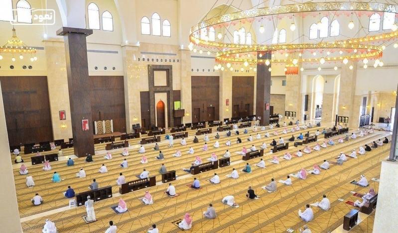 قرابة 4000 مسجد ساندت الجوامع وخففت الزحام في صلاة الجمعة