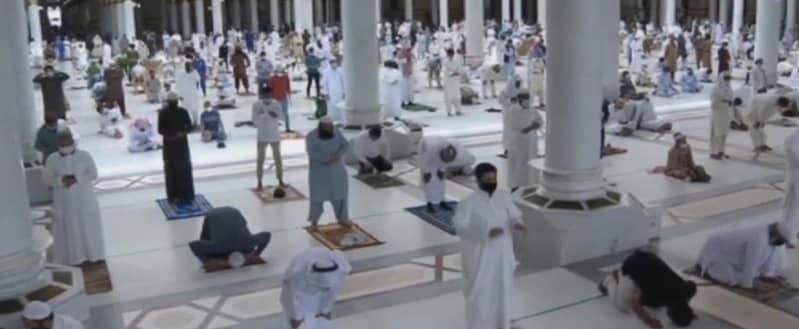 صلاة الجمعة المسجد النبوي