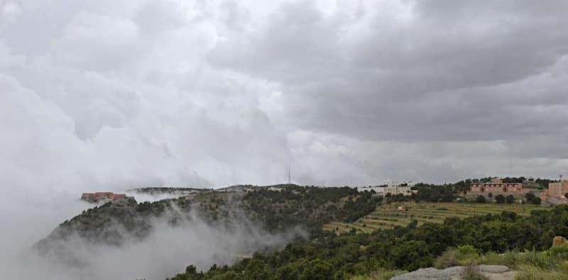 أبها عاصمة السحاب التي تضم أكثر من 4275 قرية تراثية
