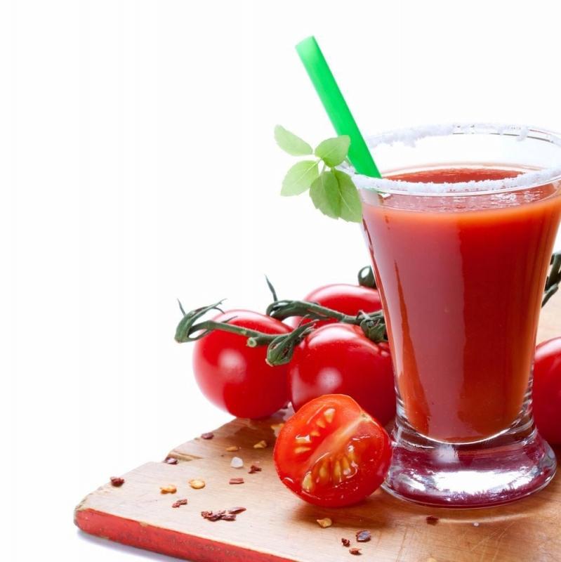 """استشارية تغذية لـ"""" المواطن"""": عصير الطماطم يعزز هرمون السعادة ويمنع التوتر"""