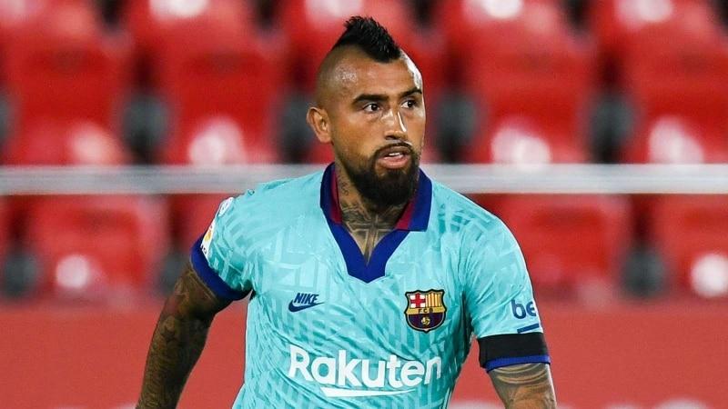 أرتورو فيدال لاعب برشلونة