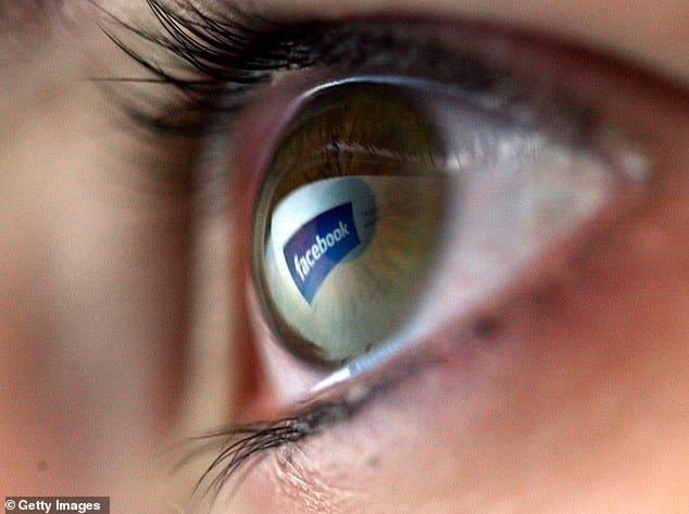 فيس بوك يضيف علامة لتمييز وسائل إعلام الدولة