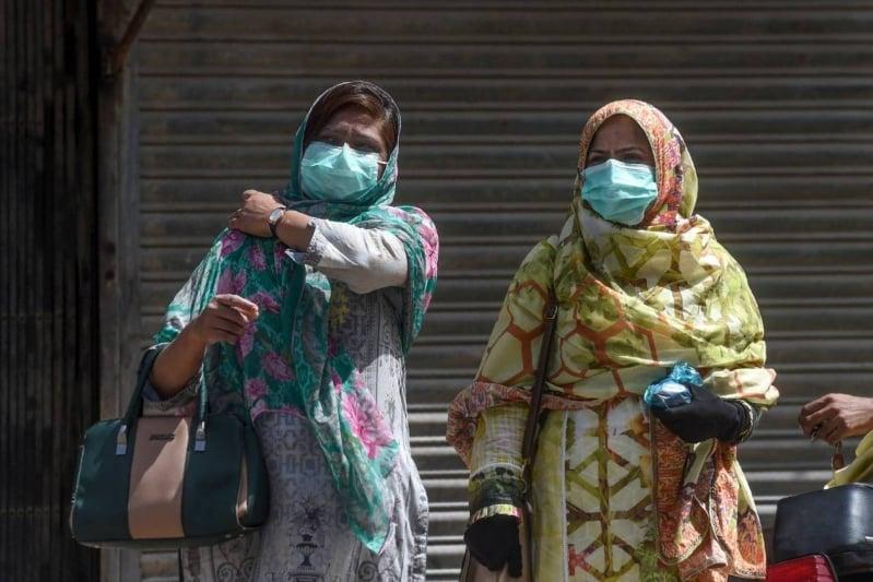 قرابة 4500 حالة كورونا جديدة في باكستان
