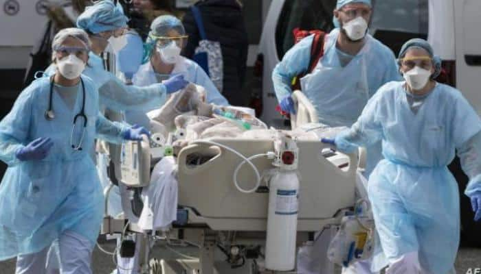رقم قياسي لإصابات كورونا اليومية في العالم بـ307 آلاف إصابة