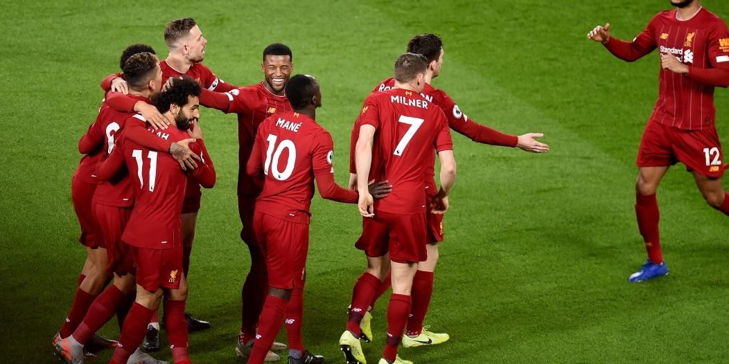 ليفربول يحتفل مع جماهيره بلقب الدوري الإنجليزي الـ19