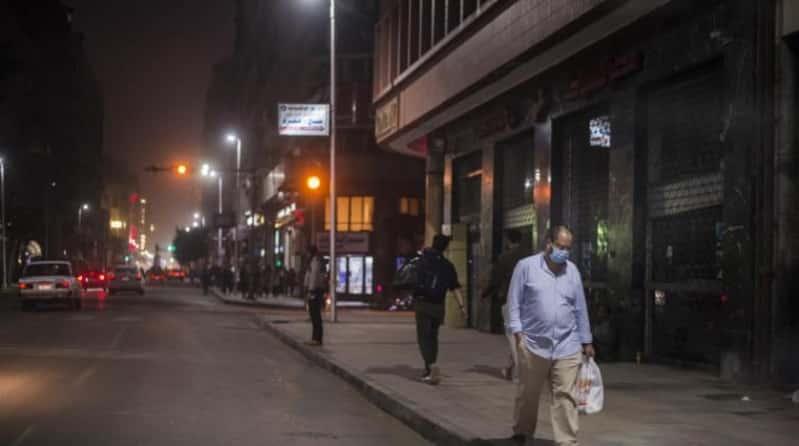 انخفاض حاد بـ إصابات كورونا في مصر