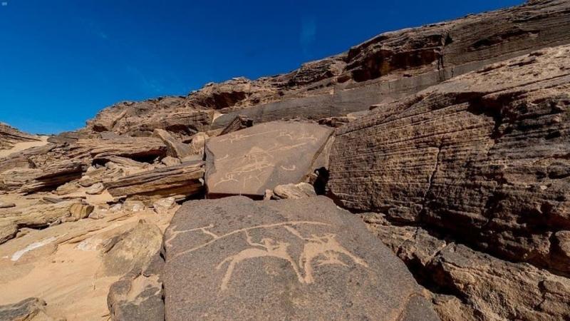 نجران أكبر متحف مفتوح للنقوش الأثرية الصخرية في العالم 1