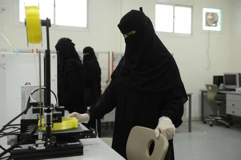 جامعة الملك خالد تقدم 11 ألف منتج لـ الوقاية من كورونا - المواطن