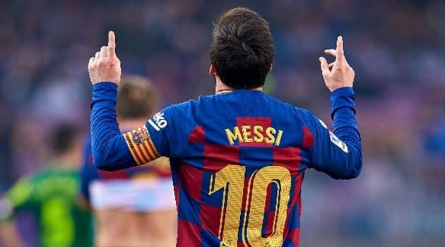 ميسي يُجدد ولاءه لـ برشلونة ويرفض الرحيل