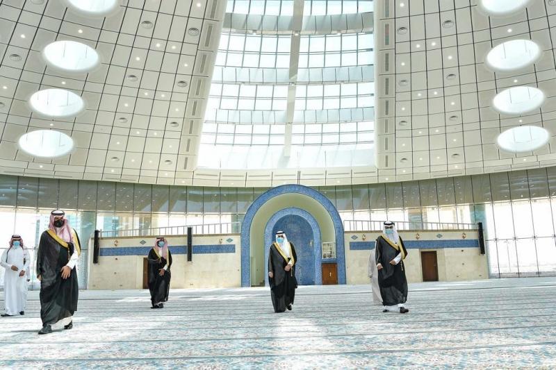 فهد بن سلطان في جامع جامعة تبوك.. يجمع بين الحضارة الإسلامية والعمارة الحديثة - المواطن