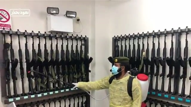 فيديو.. القوات البرية الملكية لـ منسوبيها: عقموا الأسلحة والمعدات
