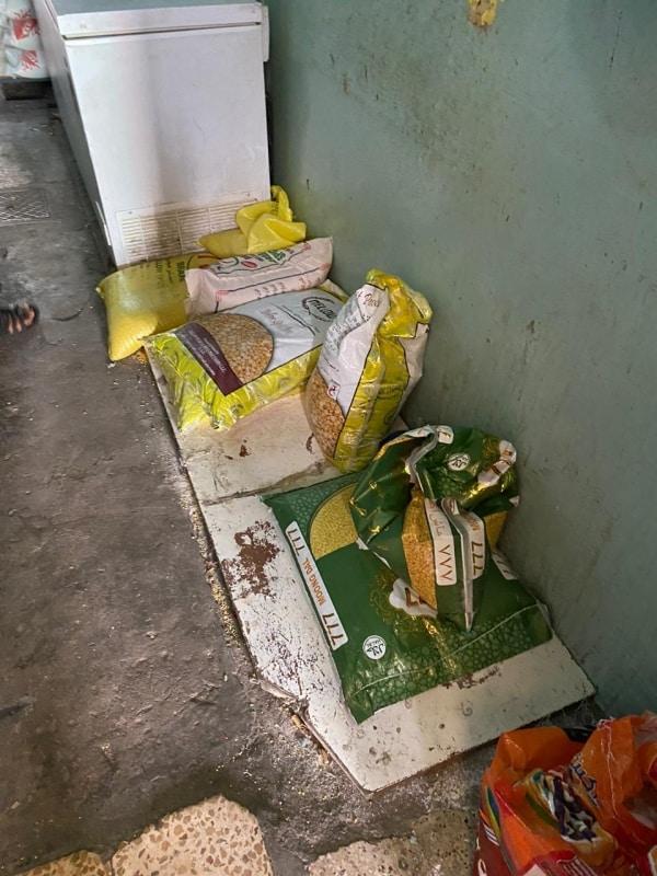 ضبط مطعم يبيع لحومًا فاسدة بمدينة أبها - المواطن