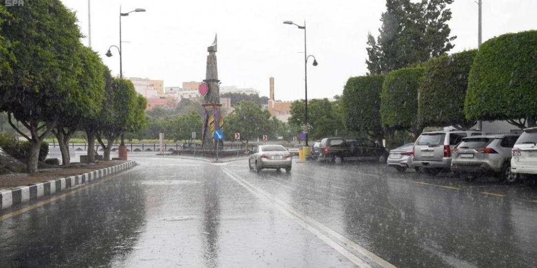 طقس اليوم: أمطار رعدية على 6 مناطق