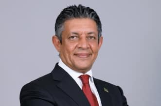 فوربس تستعرض مسيرة محمد التويجري وسباق رئاسة التجارة العالمية - المواطن