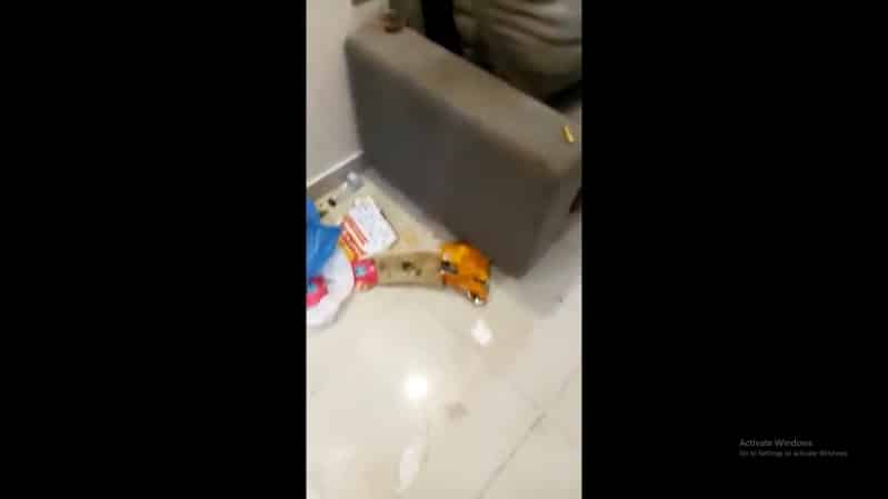 عائلة تُخرب شقة فندقية في عسير بالقمامة والأدوات المتناثرة!