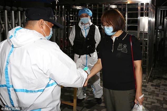 الصين تسجل بؤرة جديدة لفيروس كورونا (1)