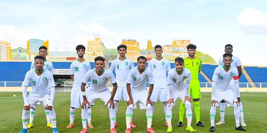 مقرن يُطالب لاعبي الأخضر بالحفاظ على لقب آسيا