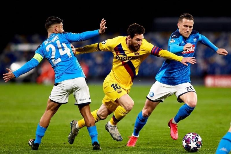 هل يتم نقل مباراة برشلونة ونابولي في أبطال أوروبا 2020؟