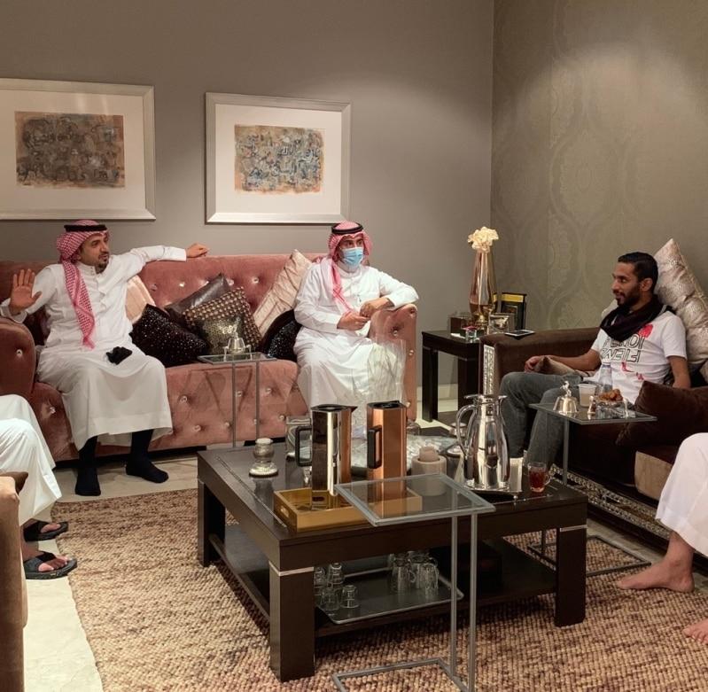 إدارة التعاون تزور الزيلعي وتشكر نادي الهلال