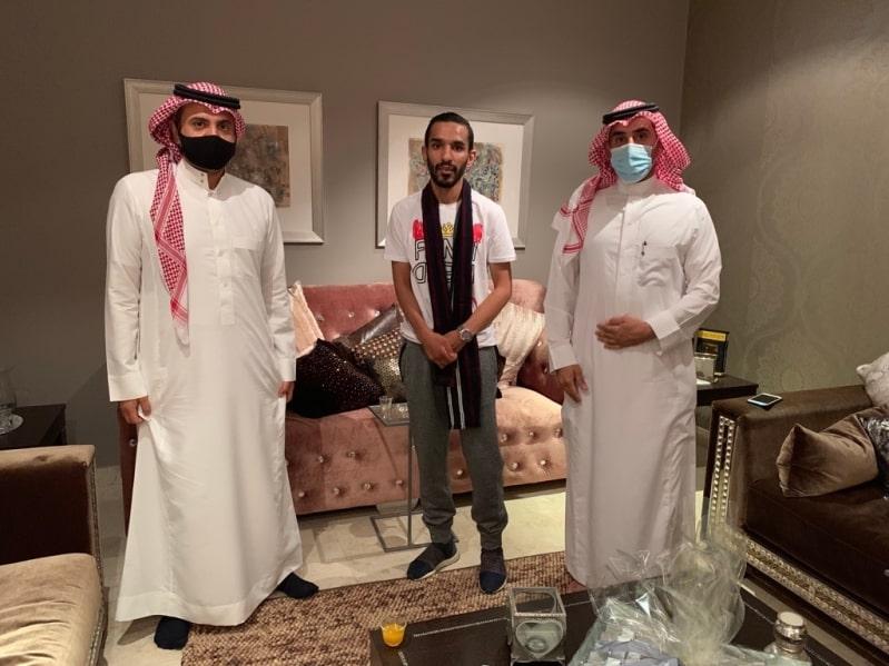 ادارة التعاون تزور خالد الزيلعي