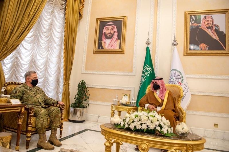 #عاجل | خالد بن سلمان يلتقي رئيس الأركان الأمريكي لبحث حفظ استقرار المنطقة