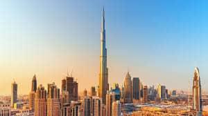 السجن وغرامة لأوروبي نثر 50 ألف يورو بالشارع في دبي - المواطن