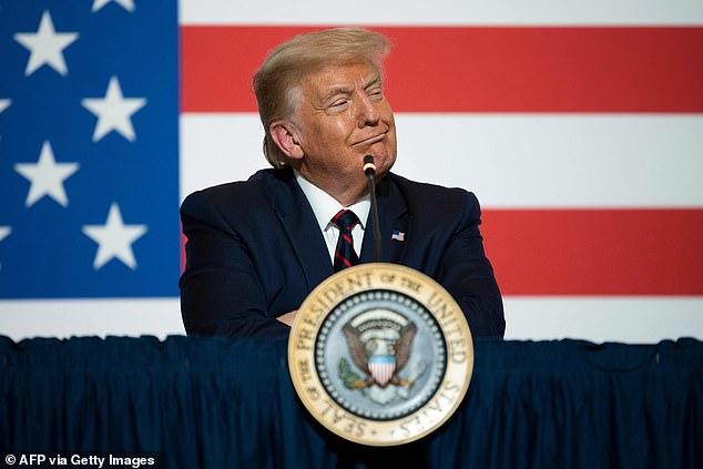 دعوات بإقالة ترامب وعزله فورًا بعد مطالبته تأجيل الانتخابات الرئاسية (1)