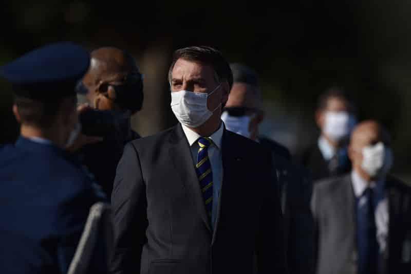 إصابة رئيس البرازيل جايير بولسونارو بفيروس كورونا