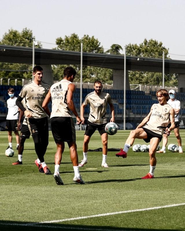 التشكيل المتوقع لـ ريال مدريد ضد ألافيس