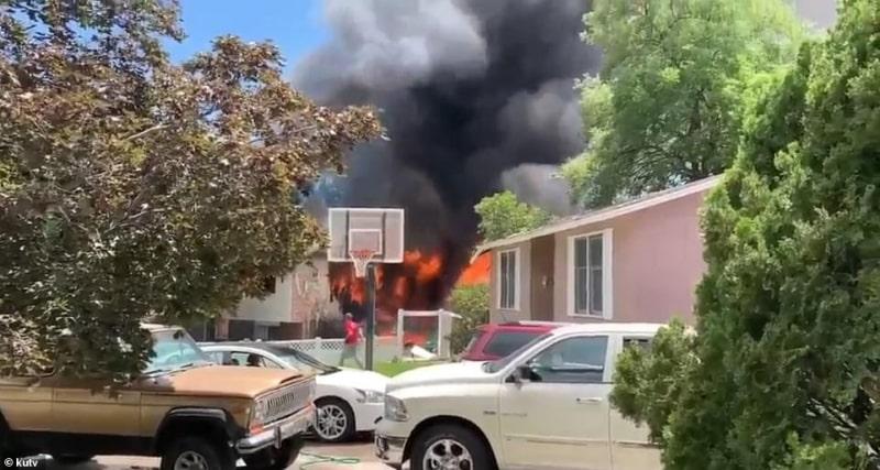 فيديو.. سقوط طائرة فوق رضيع في الفناء الخلفي لمنزل أسرة ! - المواطن