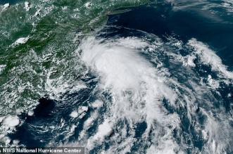 عاصفة استوائية 1