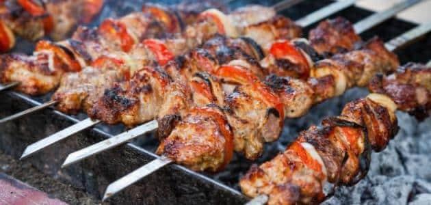 احترس من شواء اللحم في المطبخ لهذه الأسباب