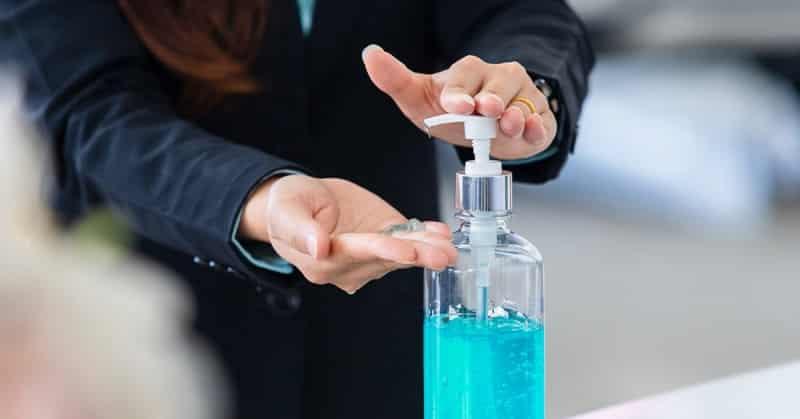 الـ FDA تحذر من 60 منتجًا من مطهرات ومعقمات اليدين - المواطن