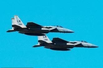 فيديو.. طائرة إيرانية تناور للهروب من مقاتلتين أمريكيتين فوق سوريا - المواطن