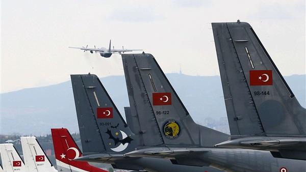 هبوط طائرة شحن تركية ثانية في قاعدة الوطية جنوب طرابلس