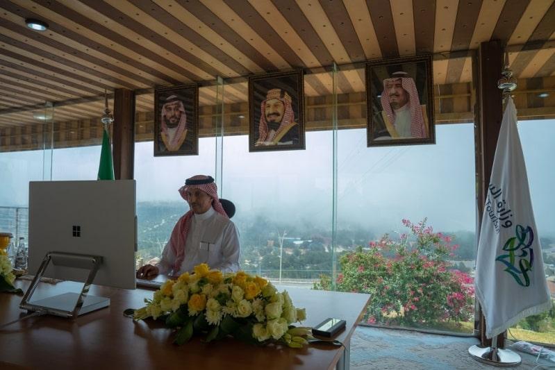 وزير السياحة: تفعيل العمل المشترك لمواجهة تحديات كورونا