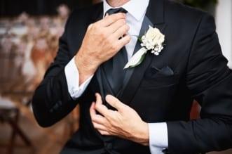 وفاة عريس بكورونا بعد يومين من زواجه وإصابة 100 من الحضور