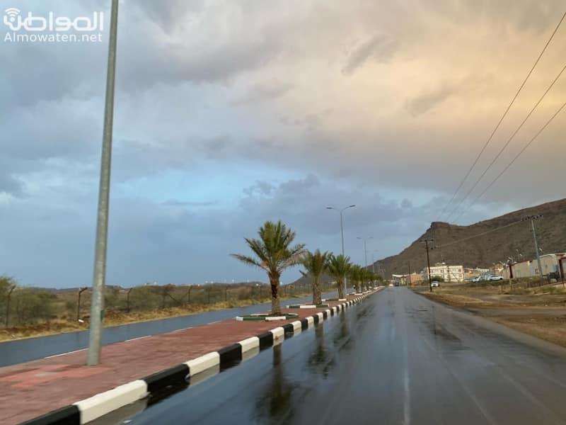 الأمطار ترسم لوحة رائعة بمنتزه المربع والحبلة وتجذب السياح بأحد رفيدة - المواطن