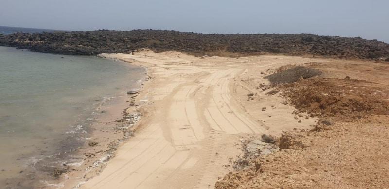 تنظيف الشواطئ في البرك لاستقبال المتنزهين - المواطن