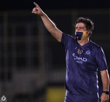 قرار من فيتوريا للاعبي النصر قبل مواجهة الهلال