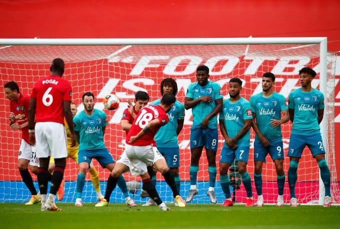 الشياطين الحمر يُبدعون في مباراة مان يونايتد ضد بورنموث بخماسية